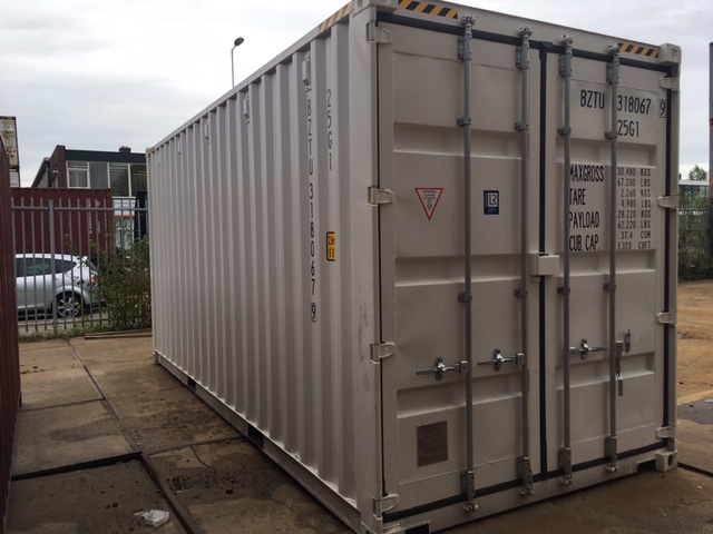 New 20ft Highcube containers RAL9010